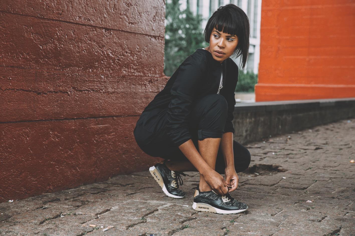 Nike:Flyknit  Metalic